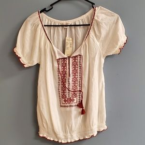 American Eagle Outfitters NWT Peasant Top